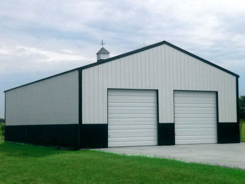 Customized Design PEB Metal Buildings Easy Construction Erection Size 300' X 100' x 21'